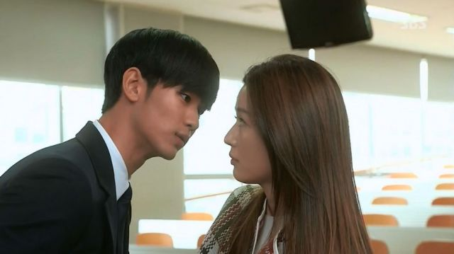 Min-joon and Song-i